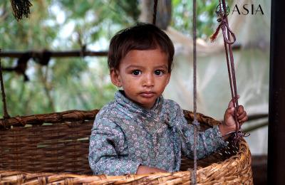 Terremoto Nepal_ Rasuwa_bambino