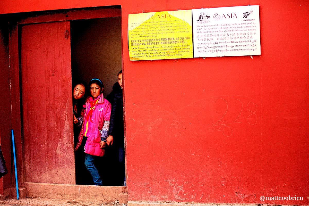 Le bambine della scuola di Golok studiano molto bene il tibetano e l'inglese, è proprio in inglese che lo staff di ASIA ha potuto ascoltare direttamente dalle studentesse i loro bisogni e i loro sogni