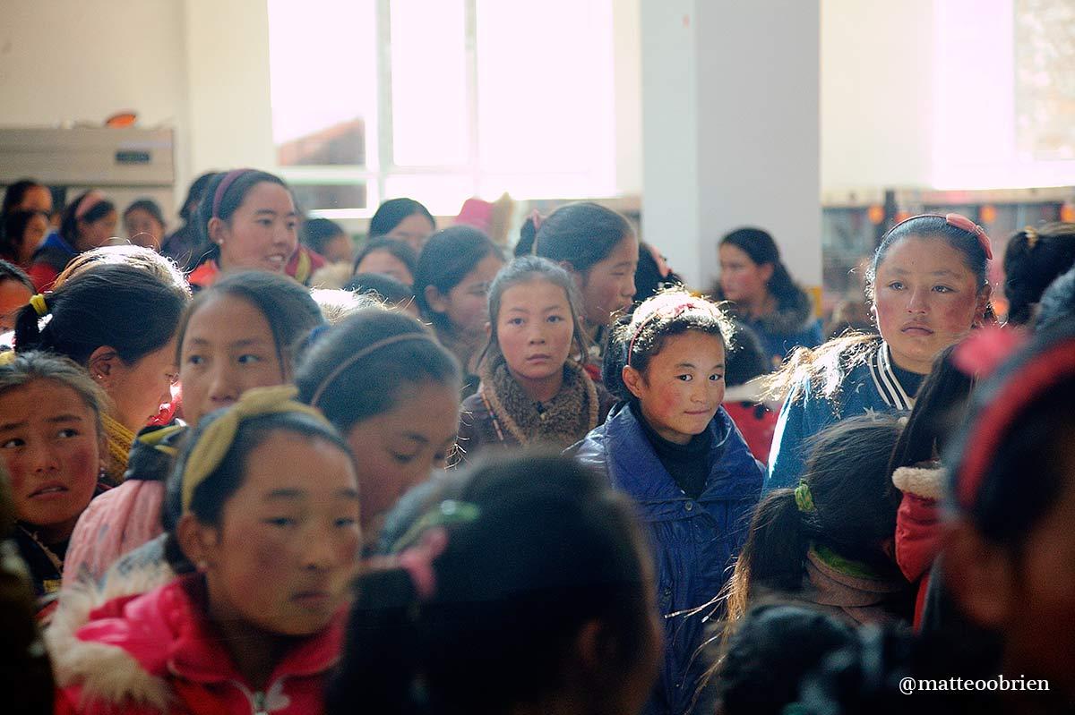 Golok è chiamata anche la scuola delle bambine ed è l'unica scuola tibetana femminile in tutto il Qinghai